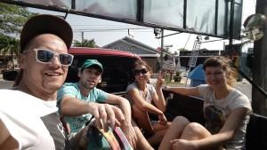 Мы в машине Оливера