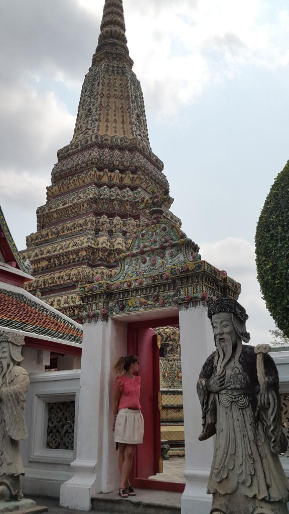 Такие красивые виды. Это все комплекс храма лежащего будды