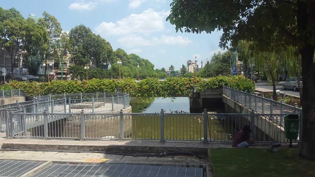 Хошимин - красивый и развитый город. На наш взгляд очень комфортный для жизни