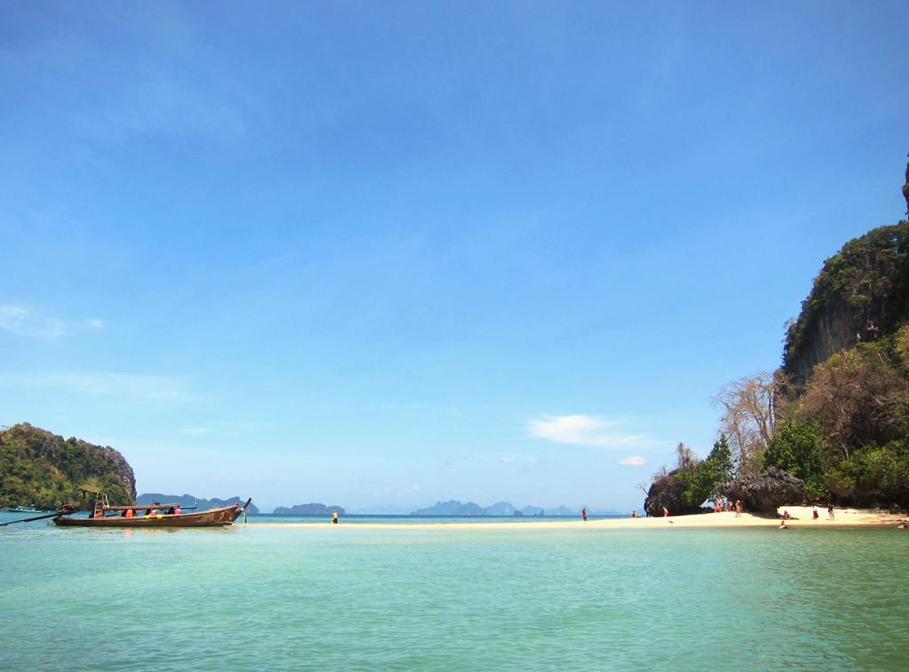 Пляж Rai. Действительно Raiскоей место.