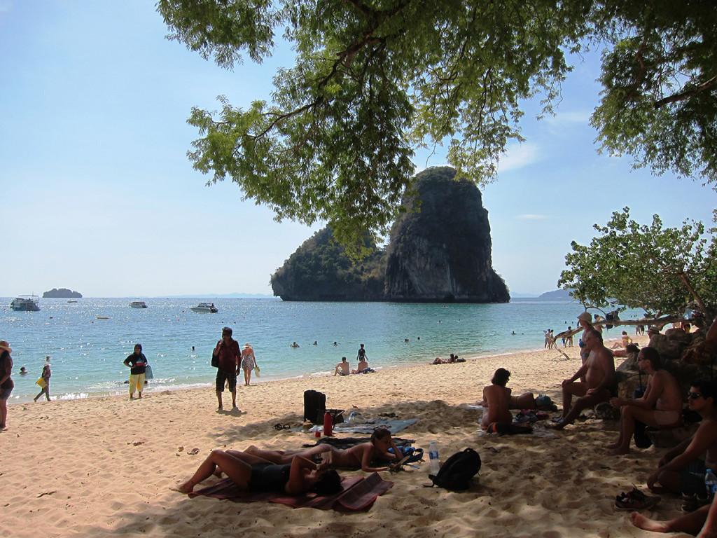 Красивый вид пляжа Phra Nang