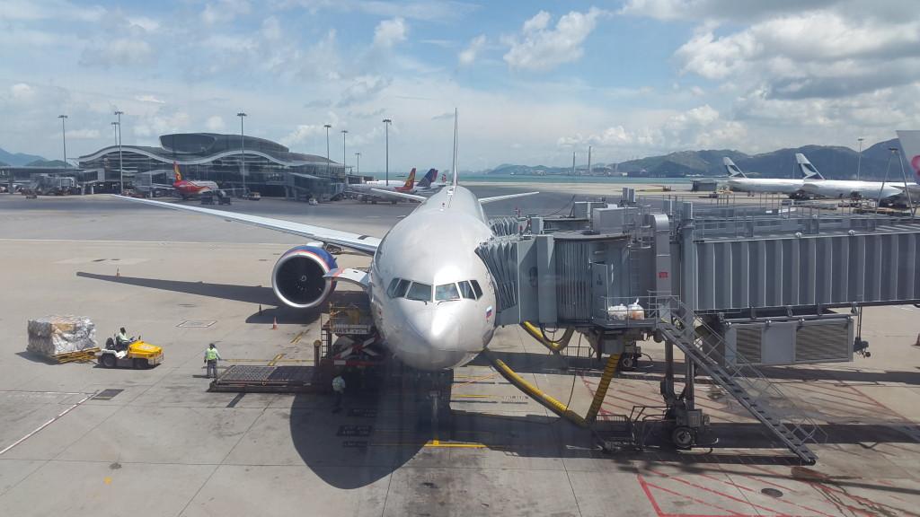 Наш самолет. Впечатляет.