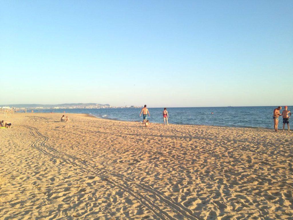 Ой, а это пляж Анапы..как он сюда попал)